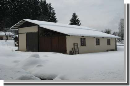 Garage pour caravane Camping La Broche Fresse